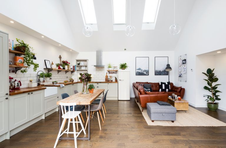 Is Your Home's Interior Looking Tired? Try These Simple Renovation Ideas!