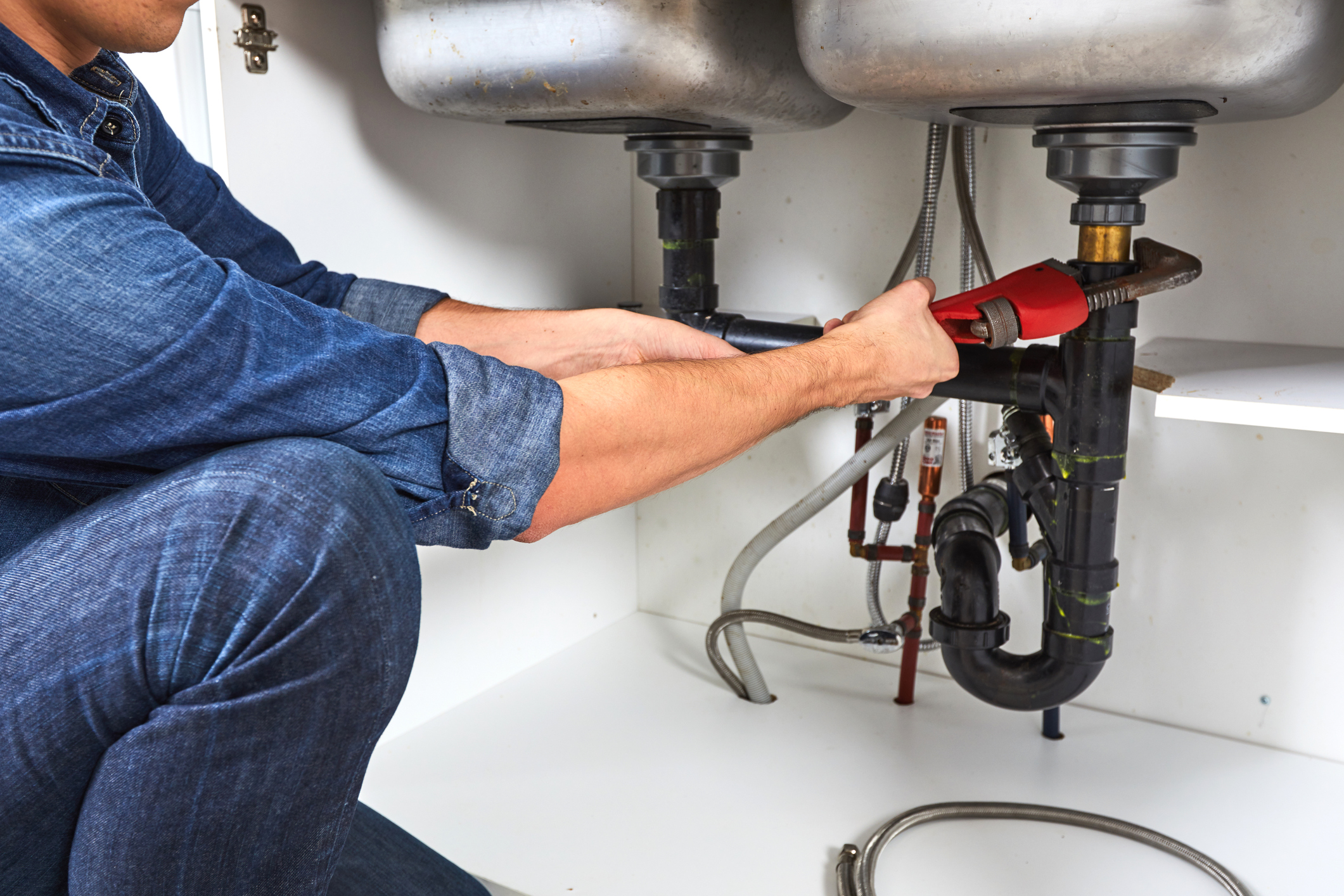 3 Signs You Need to Replace Your Pipes