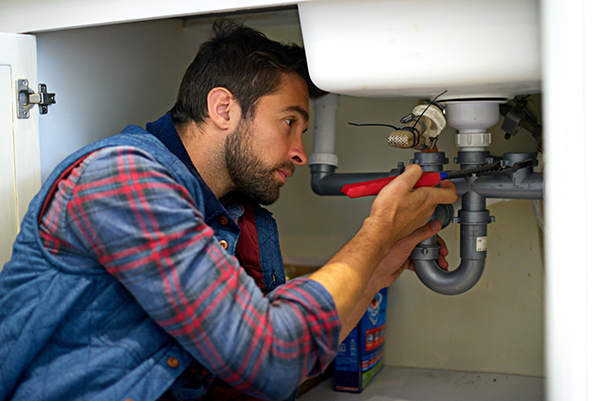 The Risk Factors You May Experience If You Delay Plumber Repair